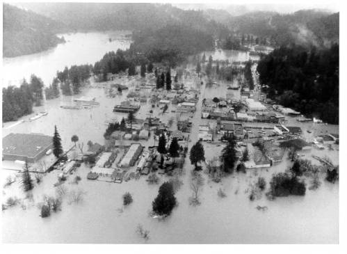record_flood_at_guerneville.jpg